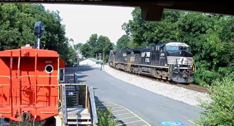 NS 4056 On Railcam by Grantrules