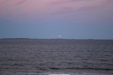 Full Moon over Isles of Shoals by sselfless
