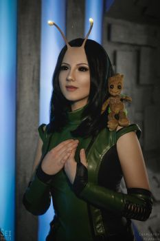 Mantis cosplay 3 (Guardians of the Galaxy vol.2) by niamash
