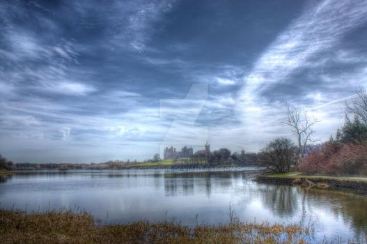 Linlithgow Loch by cthonus