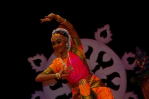 Indian Dance III by esee