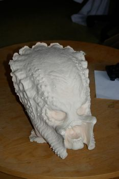 Raw predator head by bendrago