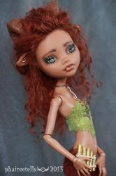 Monster High repaint  Clawdeen Faun UNA portrait by phairee004