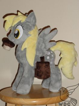 Derpy with mailbag and muffin by WhiteDove-Creations