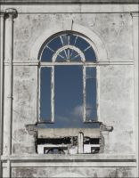Old Window by Shiranui