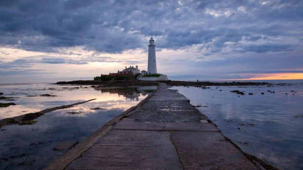 St Mary's Lighthouse by scotto