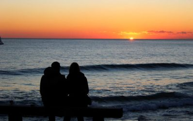 Sunset at Carcavelos Beach / Portugal by soulsweeper