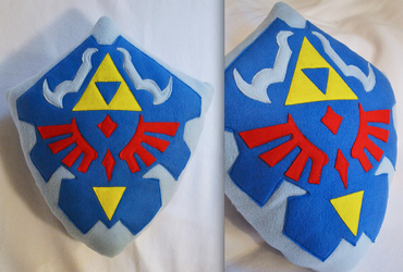 New Hyrule Shield Plush by lemontuned
