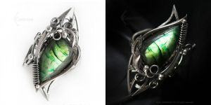 DARAMARVILTH  Silver Ring with Labradorite by LUNARIEEN