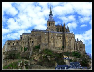 Le Mont Saint Michel... by 0livian