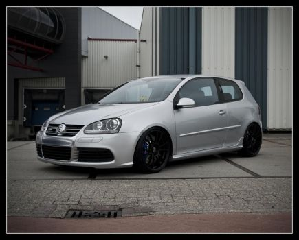Golf R32 by Andso
