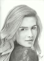 Emily Bett Rickards by Victari