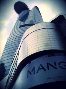 Bitexco Financial Tower by akasagiphan