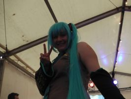 Hatsune Miku Cosplayer by Collioni69