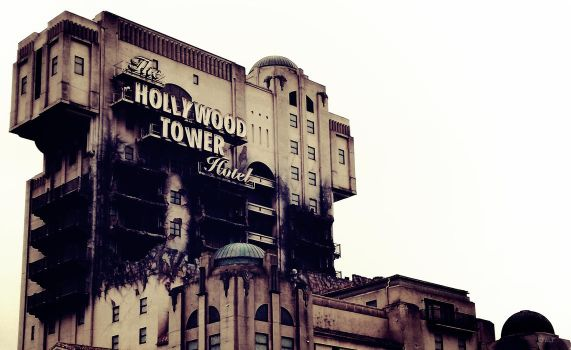 Hollywood Tower by Efalt