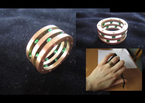Glassbeads ring by daisY-like