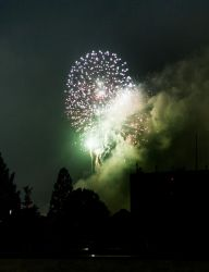 Tanaba fireworks by Lad2-0