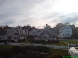 Homes on Perkins Cove by satsui