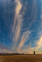 Stevington Skies (1) by Mincingyoda