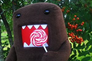 Domo has found a lollipop by ChocolateWitch