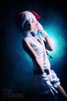 VOCALOID: Kagamine Rin Knife by jycll