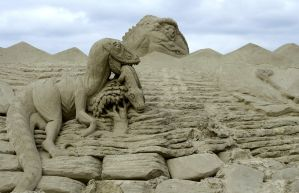 Sand art and play by mammuthus