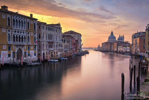 Venice in the early morning by LinsenSchuss