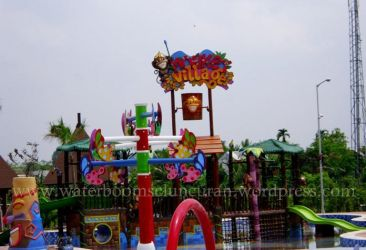 Small Water Park @My Country, What About U...? by bmbgroup