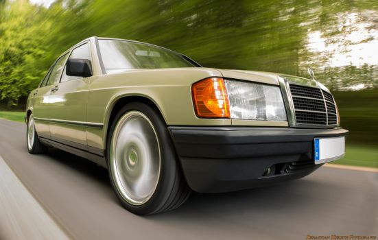 Mercedes E190 by Tyler-Durden86