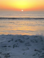 Sunset on Pacific Beach by artykul8