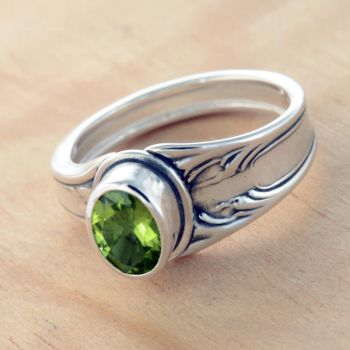 Spoon Ring with Peridot by metalsmitten