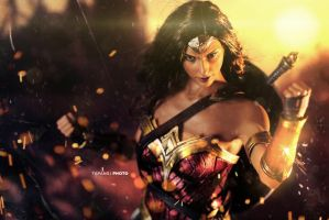 Wonderwoman by BornTewSlow