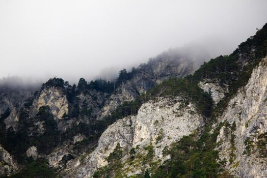Far Over the Misty Mountains by Maltese-Naturalist