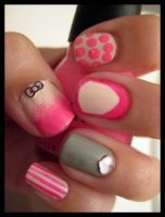 Valentines day nails_LEFT by xstdx