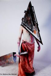 Pyramid Head stand by Dymek9025