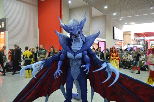 MCM Comic Con 2016 - FF8 Bahamut Cosplay 1 by GIGAN05