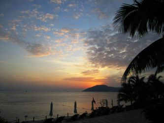 Sunset over Hainan by Cerise-Angel