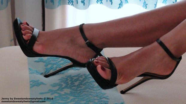 One of my very first photo!! by JennyFeet84