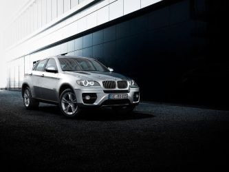 BMW X6 by MUCK-ONE