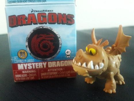 2017 DW Dragons Mystery Dragon Meatlug Figure by PokeLoveroftheWorld
