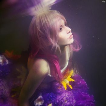 Guilty Crown: Inori. Underwater. by Astarohime