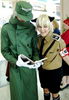 Hellsing - Reading the Manual by ravenqueen22