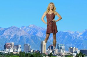Hayden Panettiere Giantess by pedro1232