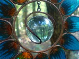Closeup: Hanging Ornament by darkhoodness