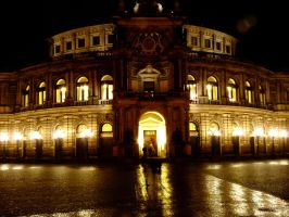 Semperoper by night by Dieffi