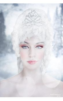 Beauty of the Snow Queen by cherryx94