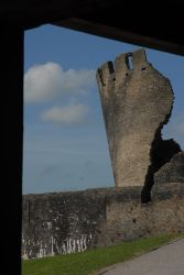 caerphilly castle 45 by TomatoSource