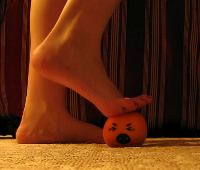 I'll Get You Annoying Orange10 by Pies-Toes-N-Soles