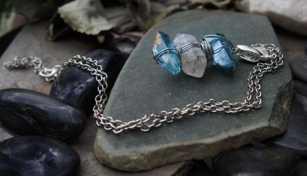 Aura Necklace by Avelith