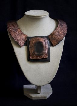 Art jewelry - elegant leather necklace by julishland